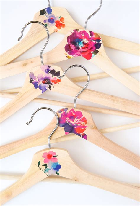 Diy Wood Clothes Hanger