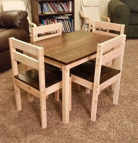 Diy Wood Kid Table And Chairs