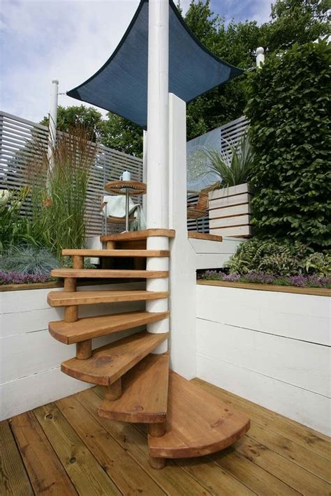 Diy Wood Outdoor Spiral Staircase