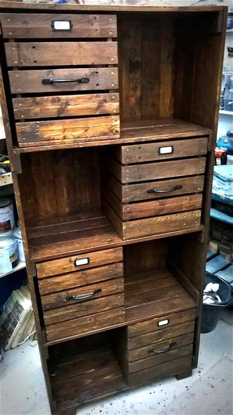 Diy Wood Pallet Cabinet With Drawers Plans