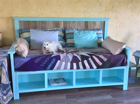 Diy Wood Pallet Daybed Frame