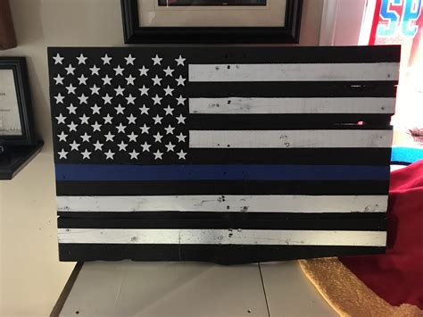 Diy Wood Pallet Flag Blue Line