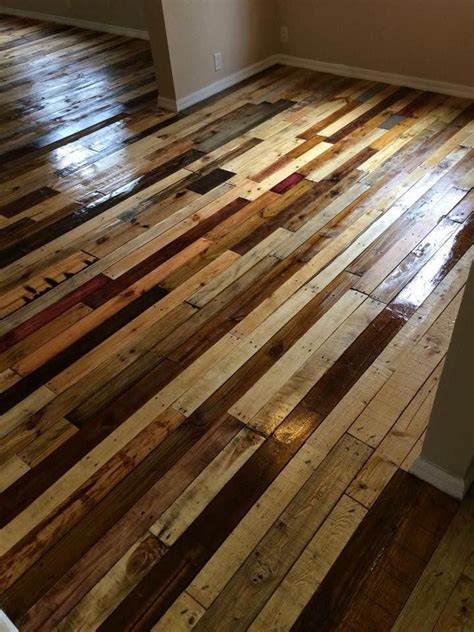 Diy Wood Pallet Hallway Flooring