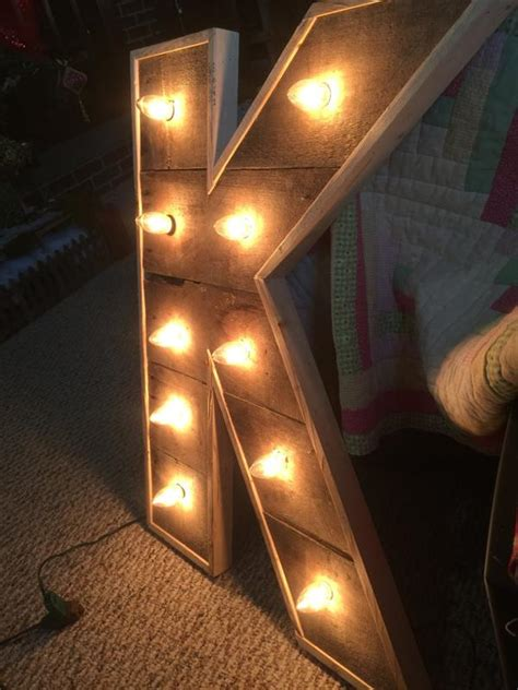 Diy Wood Pallet Letters With Lights