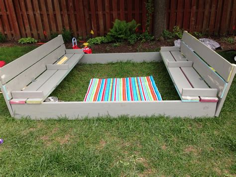 Diy Wood Pallet Sandbox With Benches