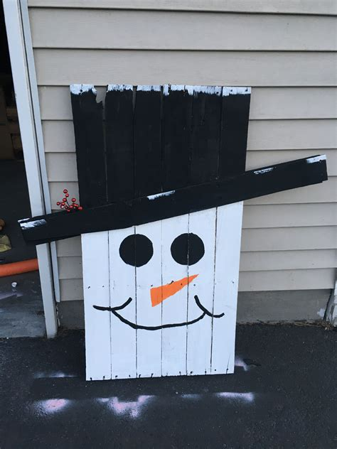 Diy Wood Pallet Snowman Pictures