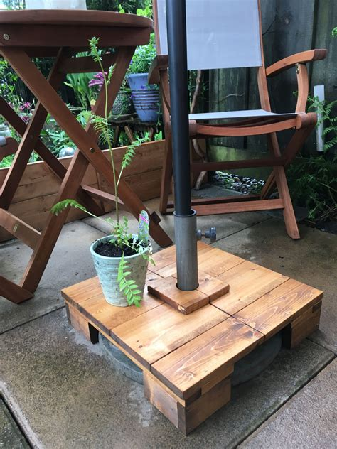 Diy Wood Patio Umbrella Table