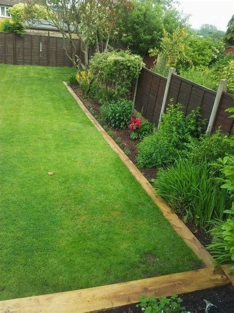 Diy Wood Plank Edging For Landscaping