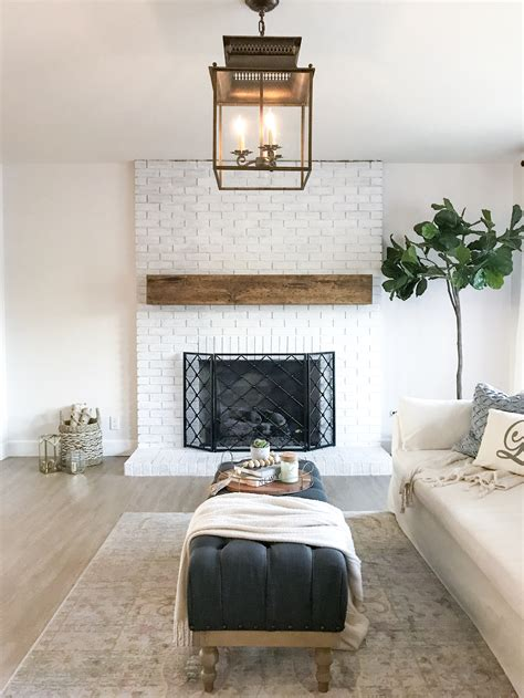 Diy Wood Plank Fireplace Mantle Lamps