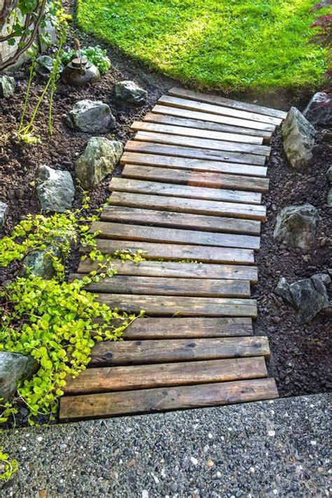 Diy Wood Plank Walkway With Rock