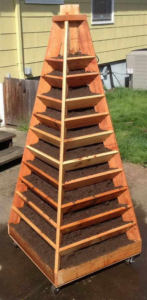 Diy Wood Pyramid