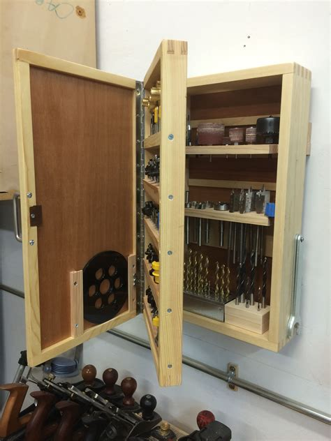 Diy Wood Router Bit Cabinet