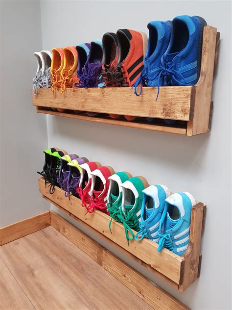 Diy Wood Shoe Shelving Wall