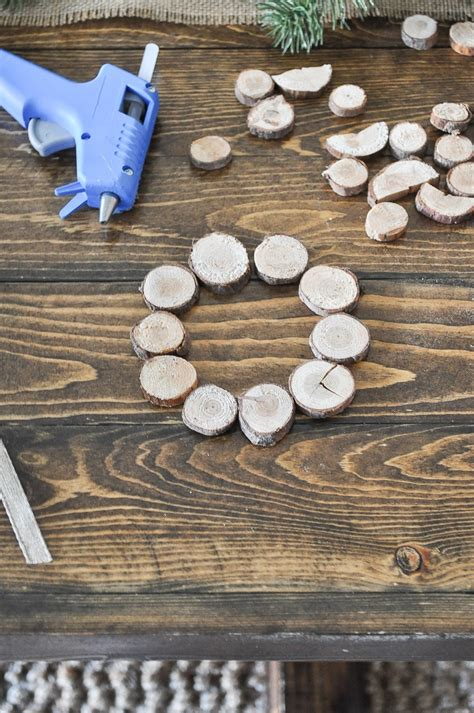Diy Wood Slice Wreath With Decoupage On Glass