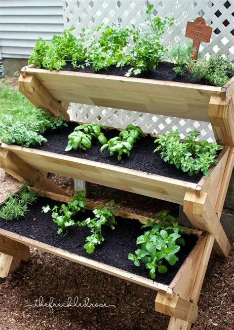 Diy Wood Stacked Planter