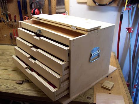 Diy Wood Toolbox With Multiple Hinges Meaning