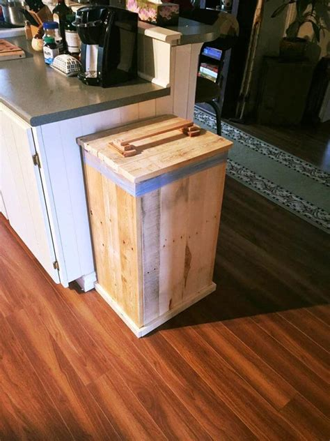 Diy Wood Trash Bin