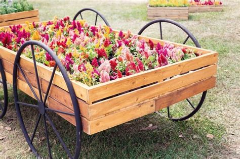 Diy Wood Wagon Flower Bed Layout