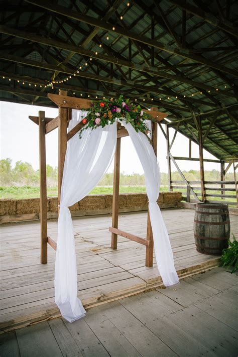 Diy Wood Wedding Arch