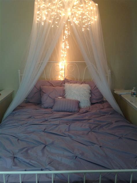 Diy Wooden Canopy Bed With Lights