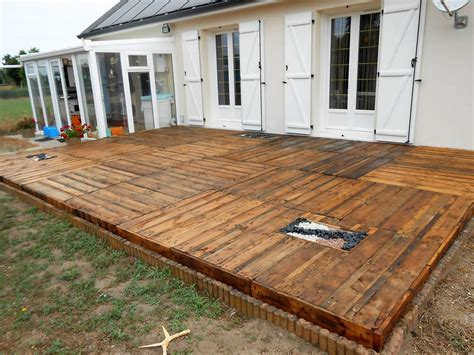 Diy Wooden Pallet Deck