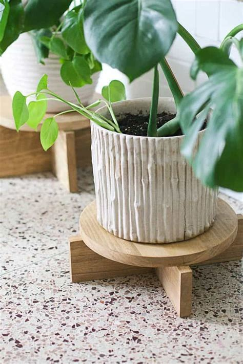 Diy Wooden Plant Stand Ideas