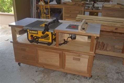 Diy Work Bench With Table Saw And Router Intergration