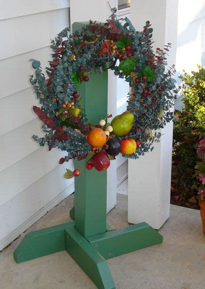Diy Wreath Stands