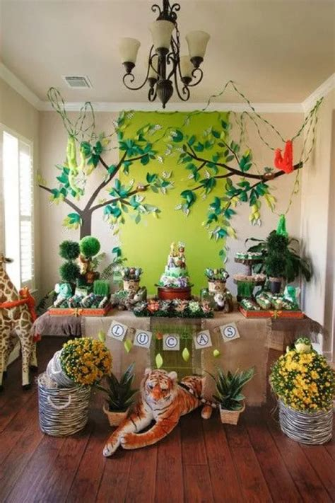 Diy Zoo Animal Theme Decor