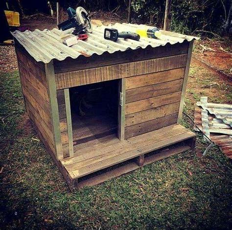 Diy-2-Dog-Dog-House