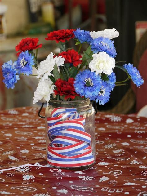 Diy-4th-Of-July-Table-Centerpieces