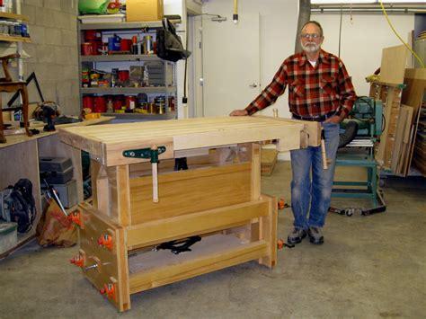 Diy-Adjustable-Height-Workbench