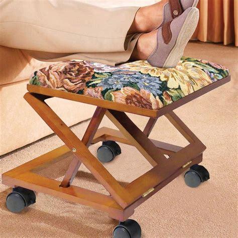 Diy-Adjustable-Wooden-Foot-Stool