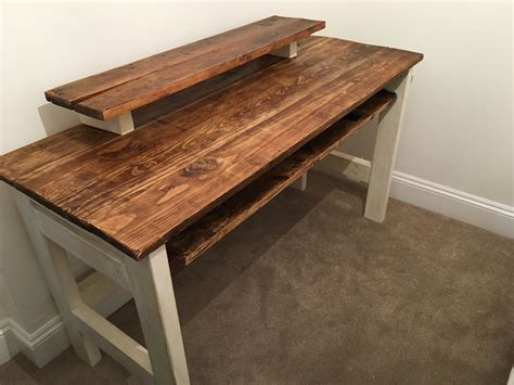 Diy-Affordable-Wooden-Desk
