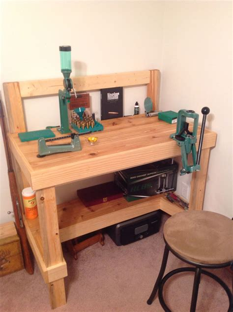 Diy-Ammunition-Reloading-Bench