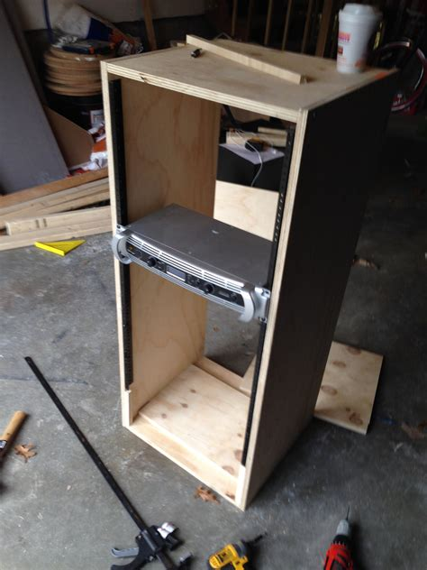 Diy-Amp-Rack