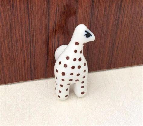Diy-Animal-Dresser-Knobs
