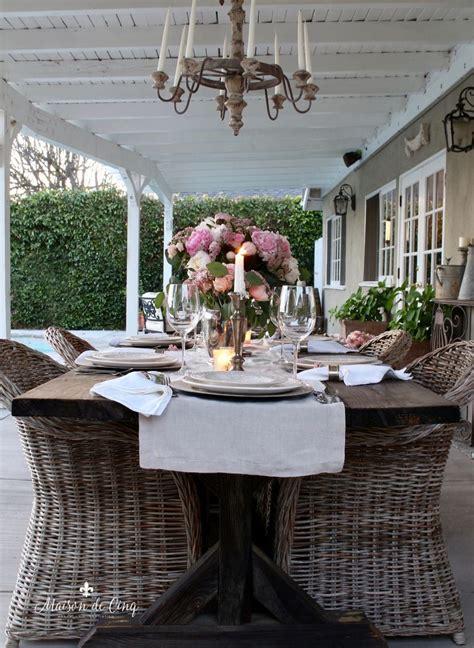 Diy-Anthropologie-Farmhouse-Table