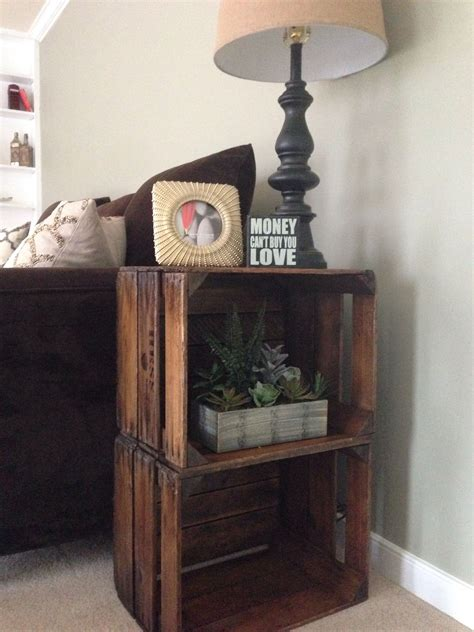 Diy-Apple-Crate-End-Table