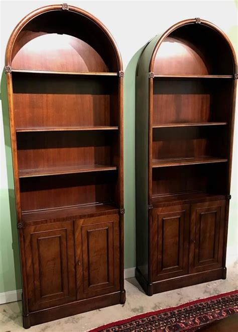 Diy-Arched-Bookcase