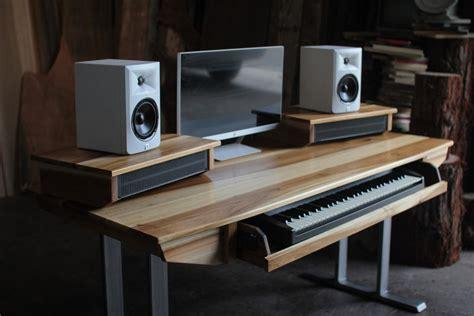 Diy-Audio-Workstation-Desk