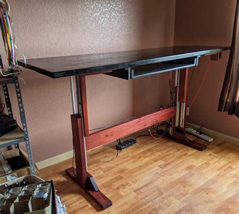 Diy-Automatic-Standing-Desk