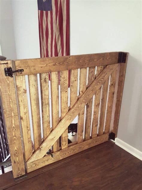 Diy-Baby-Gate-With-Pet-Door