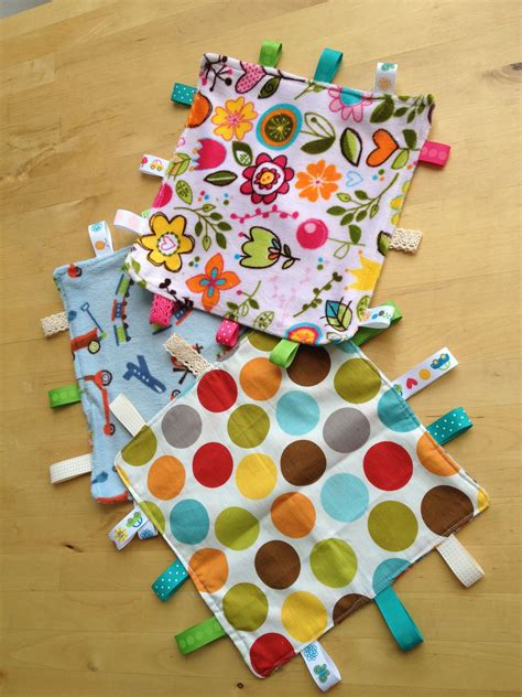 Diy-Baby-Gifts-Sewing