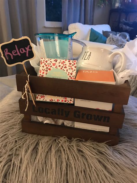 Diy-Baby-Shower-Hostess-Gifts