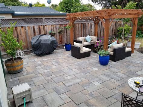 Diy-Backyard-Brick-Patio