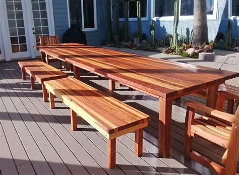 Diy-Backyard-Redwood-Table