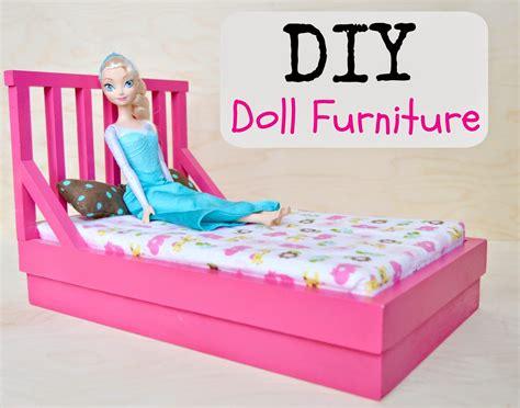 Diy-Barbie-Doll-Chair