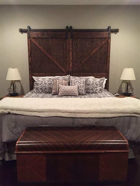Diy-Barn-Door-Headboard-King