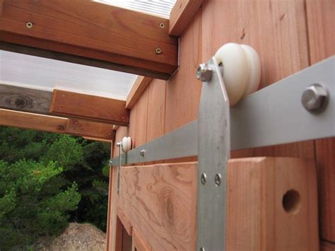 Diy-Barn-Door-Wheels
